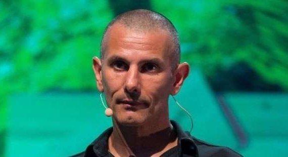 Photo de Stéphane Mifsud lors d'un conférence Hyfen